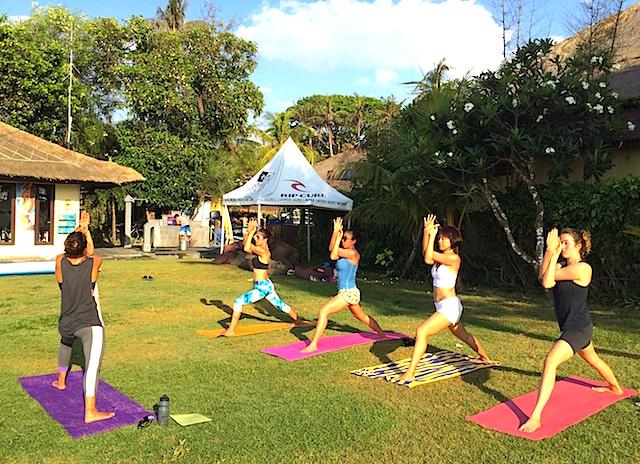 SUP Yoga Bali sunset